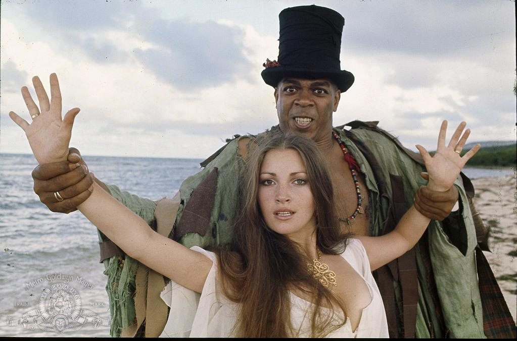 jane-seymour-and-geoffrey-holder-in-live-and-let-die