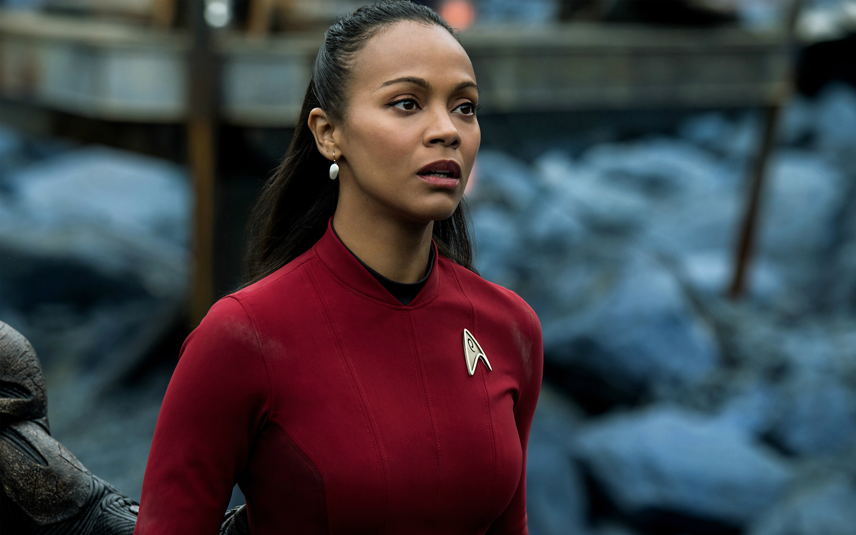 Zoe-Saldana-Uhura-Star-Trek-Beyond-Movie