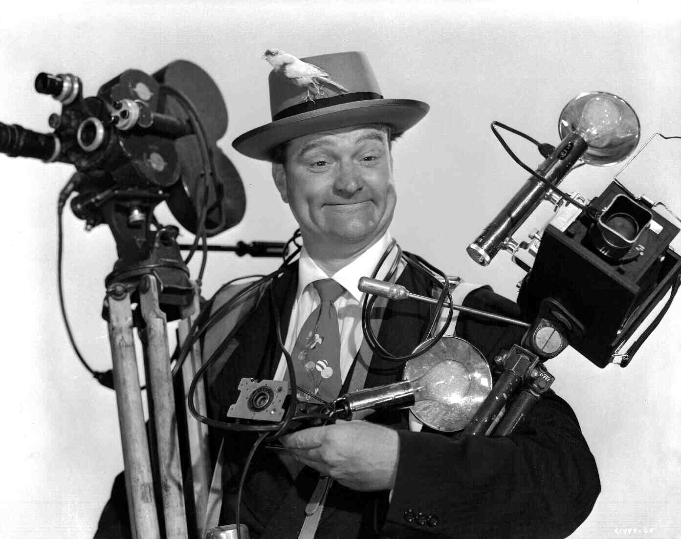 watch_the_birdie_red_skelton_cameras